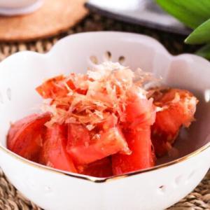 切って切って和えるだけ♡トマトのおかか醤油和えレシピ