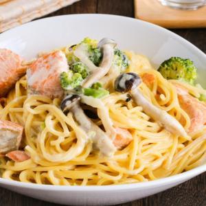 【北海道産生秋鮭使用】鮭とブロッコリーの極旨クリームパスタレシピ