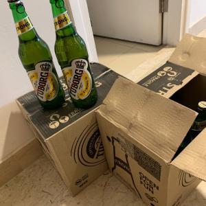 インドグルガオンで、酒買いました