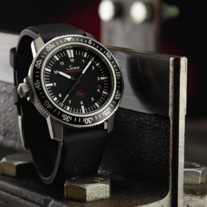 【留学X時計投資】Sinn EZM3 留学にオススメの世界最強時計