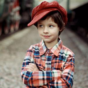 海外プレッパーが考える非常時の子供の服装とは