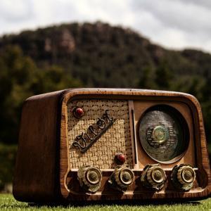 海外プレッパーが考える非常時に役立つ携帯ラジオ5選