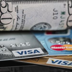 【知らなきゃ損!】世界一周で持つべきクレジットカードの組み合わせ