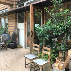 土禾(ヒジカ)川口市にある自然食のお店でお惣菜がいっぱい詰まったお弁当をテイクアウトしたよ。ニンニクの芽とエリンギの辛味噌和えが最高!