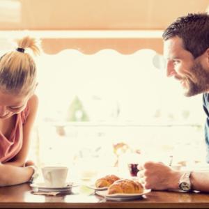 【女にモテる会話(準備編)】自己開示すべき話題「仕事」「趣味」「家族」「恋愛」