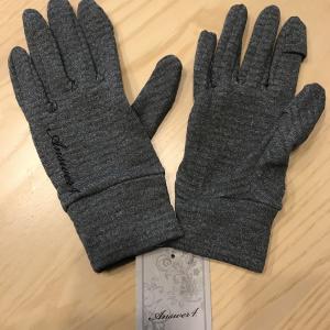 冬のランニングに最適な手袋は!?今年の冬はAnswer4のグローブに決めた!