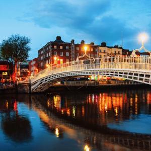 コロナ第三派 危機的状況 アイルランドが21日から6週間のロックダウンを決定