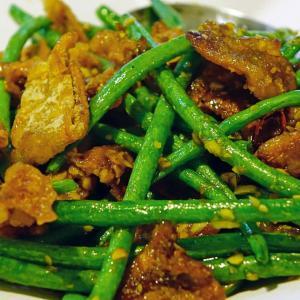 【レシピ・カロリー付き】鶏むね肉のレバニラ風もやし炒め・塩だれレタス・味噌汁【今日の献立36】