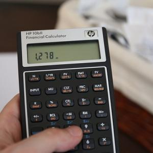 副業したら税金はいくらになる?【計算シミュレーションと税金対策】