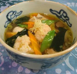 ❥中華風の豆腐入り海老団子スープ ~干し椎茸~