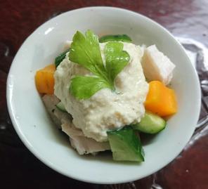 ❥チキンキューブサラダ(豆腐チーズディップ)~クリームチーズ♡