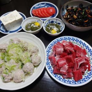 【糖質制限メニュー】レンジで作る豚つくねと副菜にひじきの煮物の献立