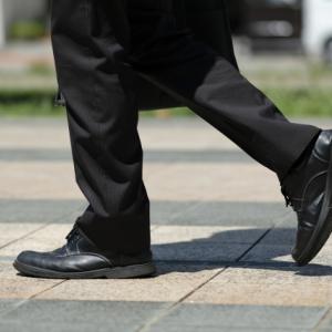 交通費節約のために長距離を歩く