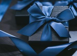 彼氏が元カノからのプレゼントを使っていたらどうする? 貴女の彼氏は、、