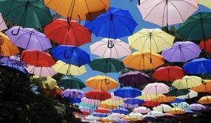今日の午前中は最高気温が?真夏日続出からの午後から広範囲で大雨!激しい雨にご注意を!!