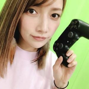 """【衝撃】後藤真希、ゲームコントローラーをもった""""微笑みSHOT""""に「髪伸びたね」「かわいすぎる」の声!!"""