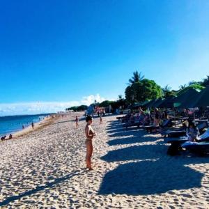 バリ島に滞在する米国人デジタルノーマド ツイッター上に非正規な入国法や節税法を指南してハッシュタグバリでトレンド入り、急速に問題化が進行中