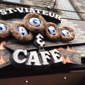 モントリオールにあるベーグルの名店「St -Viateur Bagel」人気の秘訣!