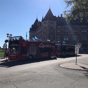 2階建て観光バスでケベックシティーを観光すると
