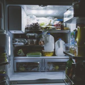 【悲報】冷蔵庫が壊れたかも…