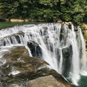 台湾のナイアガラ!平渓線に乗って十分瀑布へ