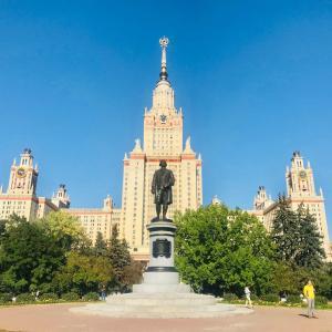 ソ連の威厳を示したスターリン様式のセブン・シスターズを巡る!