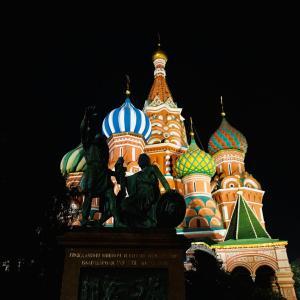 モスクワ最後の夜!夜景と芸術家アパート・地下鉄駅巡り