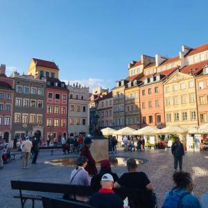 戦後復興を遂げたワルシャワの旧市街を歩く!