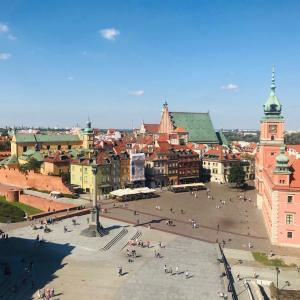 旧市街の展望台と帝政ロシア時代の監獄ツィタデルへ!