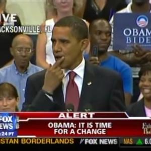 しぐさは全てを物語る オバマ前大統領が演説中に中指を立てた理由
