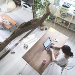 家具のサブスク『CLAS(クラス)』で快適なテレワーク環境を