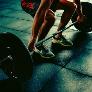 【サラリーマン必見】トレーニングを時短で継続して行える方法5選