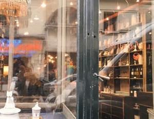 パリ生まれの白い陶器の店「アスティエ・ド・ヴィラット」