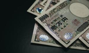 コロナ給付金10万円届きました。今回の給付金は車の税金と飲み代に消えるでしょう