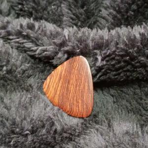 S003~ホンジュラスローズの木製ピック