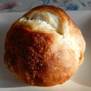 ほっぺぱん、期間限定で江別産ゆり根使用のパンが販売中【江別市】
