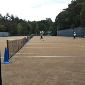 浅間高原北軽井沢でテニスを