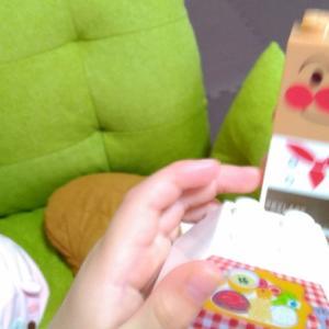 ボロボロの子供用椅子…まだ捨てません!
