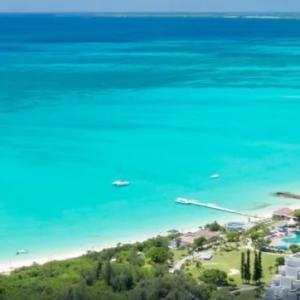 東洋一美しい海の目の前の絶景のホテル!宮古ブルーの海の青さに感動!!