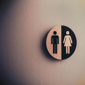 トイレの床掃除は掃除機掛けが絶対ダメな理由