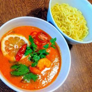 【脂肪燃焼!】トムヤンクンつけ麺『かっぱえびせん』を使った時短レシピ