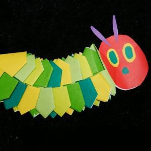 折り紙で作る、動く『はらぺこあおむし』