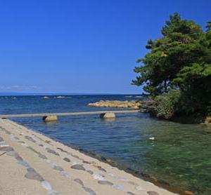 今日は海の日~松島海水浴場【石川県七尾市】はどうですか?♪