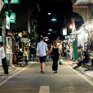 タイで女子にモテモテのおしゃれサンダルをこっそり教える