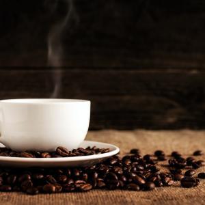 コーヒー大好きな私が「カフェインレスコーヒー」で体調改善して快眠で絶好調!