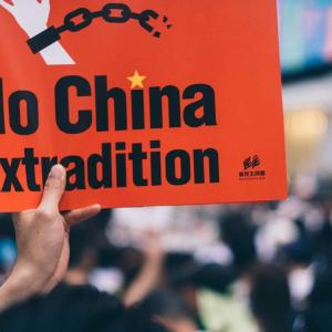 アメリカTikTok利用禁止見送り バイデン中国様に配慮とSNSに声