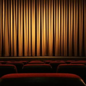 【映画好きの適職】映画に関わる仕事一覧とおすすめの副業アイデア9選