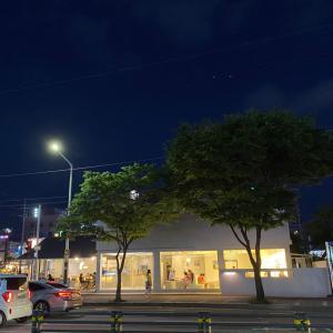 韓国の夜カフェデート