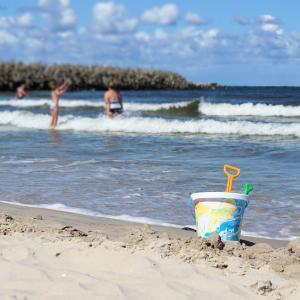 サーフバケツはサーフィンの後片付けを楽にしてくれる!バケツ5選