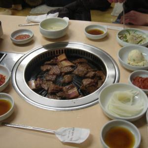 韓国の夜 BBQと垢すりへ